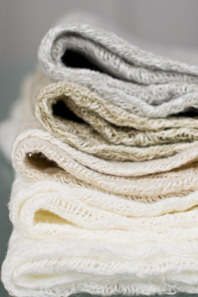 texture-linen-natural-color-interiorfabrics-design